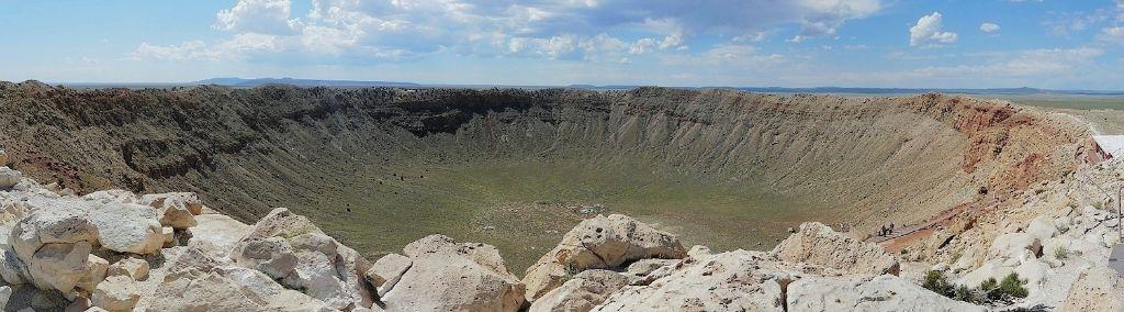 Meteorite-Arizona-krater01