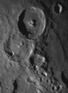 Moon-Dynamax02