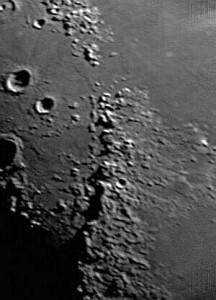 Moon-Dynamax33